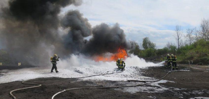 Výcvik na hašení hořlavých kapalin